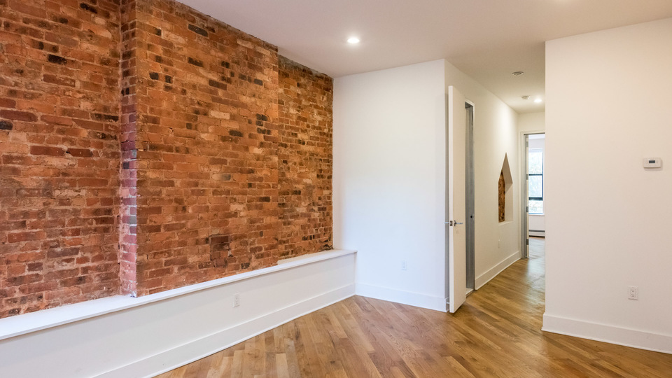 A $2,291.00, 2 bed / 1.5 bathroom apartment in Bed-Stuy