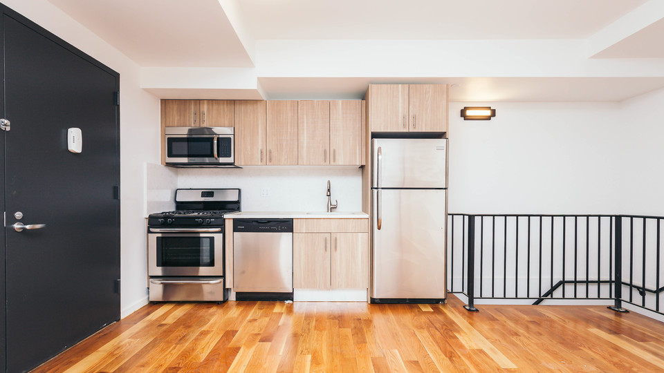 A $3,325.00, 1.5 bed / 1.5 bathroom apartment in Bushwick