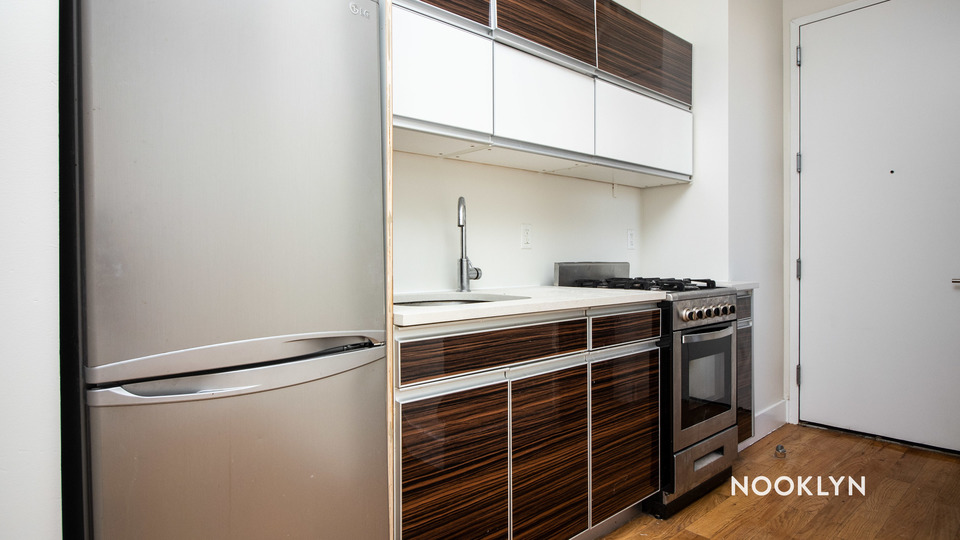A $2,600.00, 4 bed / 1.5 bathroom apartment in Bed-Stuy
