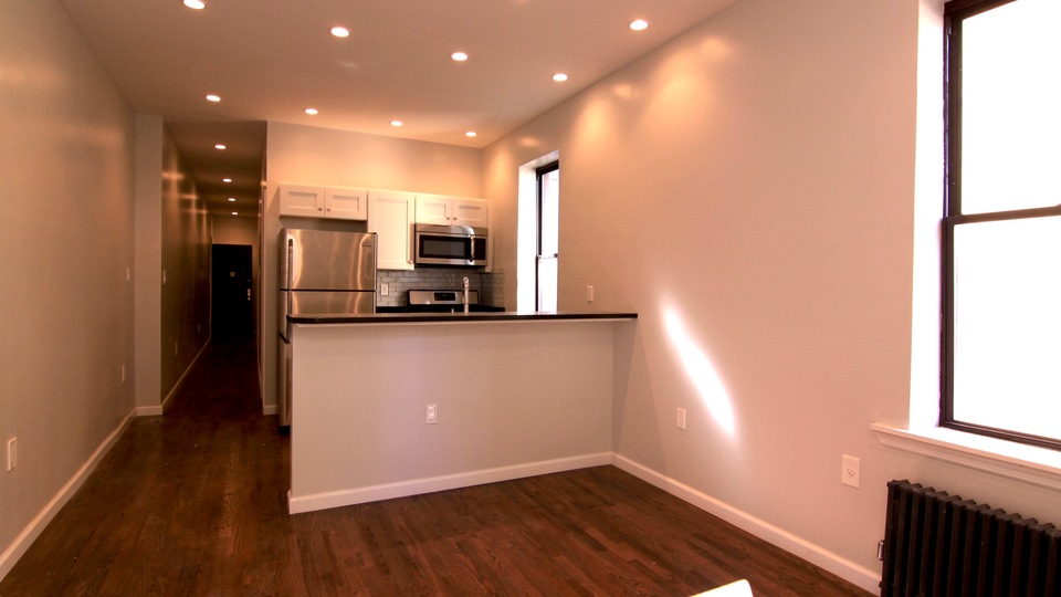 A $3,125.00, 2 bed / 1 bathroom apartment in PLG: Prospect Lefferts Gardens
