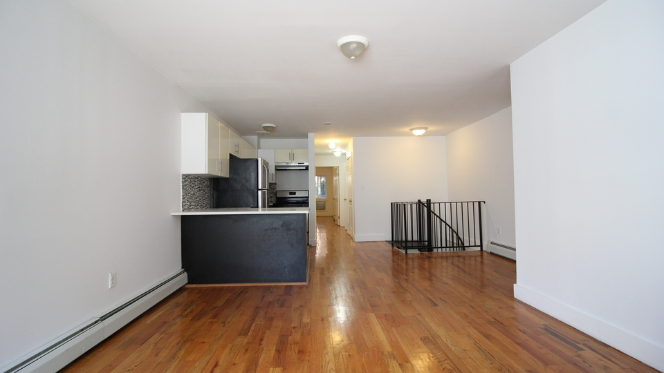 A $2,659.00, 3 bed / 3 bathroom apartment in Bed-Stuy