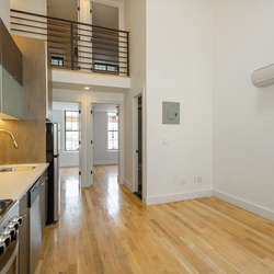 A $3,200.00, 4 bed / 1 bathroom apartment in Bed-Stuy