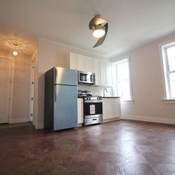 A $2,000.00, 2 bed / 1 bathroom apartment in Prospect Park South