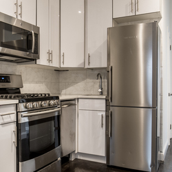 A $2,499.00, 2 bed / 1 bathroom apartment in Greenpoint
