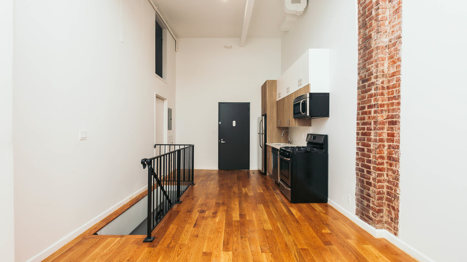 A $2,975.00, 1 bed / 1.5 bathroom apartment in Bushwick