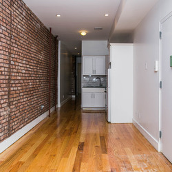 A $2,599.00, 3 bed / 1 bathroom apartment in Bushwick
