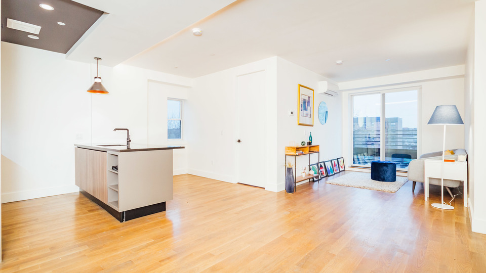 A $2,750.00, 3 bed / 1 bathroom apartment in Kensington