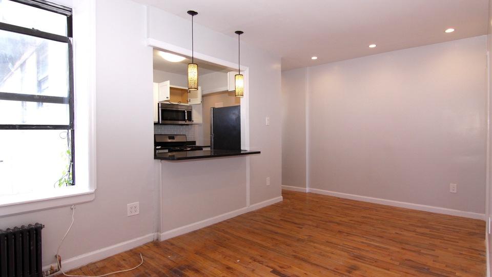 A $2,425.00, 2 bed / 1 bathroom apartment in Bushwick