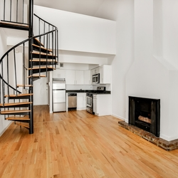 A $3,425.00, 1 bed / 1.5 bathroom apartment in Gramercy Park
