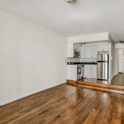 A $2,615.00, 0 bed / 1 bathroom apartment in Gramercy Park