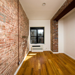 A $2,975.00, 2 bed / 1 bathroom apartment in Bushwick