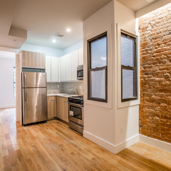 A $2,465.00, 3 bed / 1 bathroom apartment in Bed-Stuy