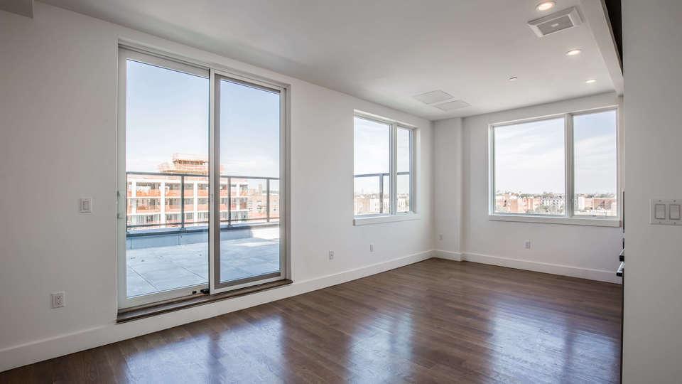 A $2,415.00, 1 bed / 1 bathroom apartment in Kensington