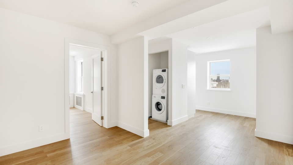 A $2,456.00, 2 bed / 1 bathroom apartment in Crown Heights