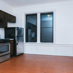 A $3,000.00, 3 bed / 1 bathroom apartment in PLG: Prospect Lefferts Gardens