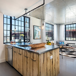 A $4,300.00, 2 bed / 2 bathroom apartment in Greenpoint