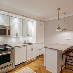 A $4,295.00, 2 bed / 1 bathroom apartment in Upper West Side