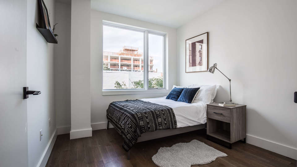 A $2,700.00, 2 bed / 1 bathroom apartment in Kensington