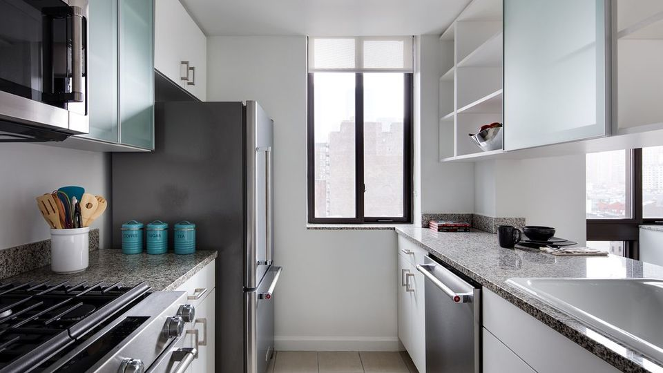 A $3,160.00, 1 bed / 1 bathroom apartment in Hell's Kitchen