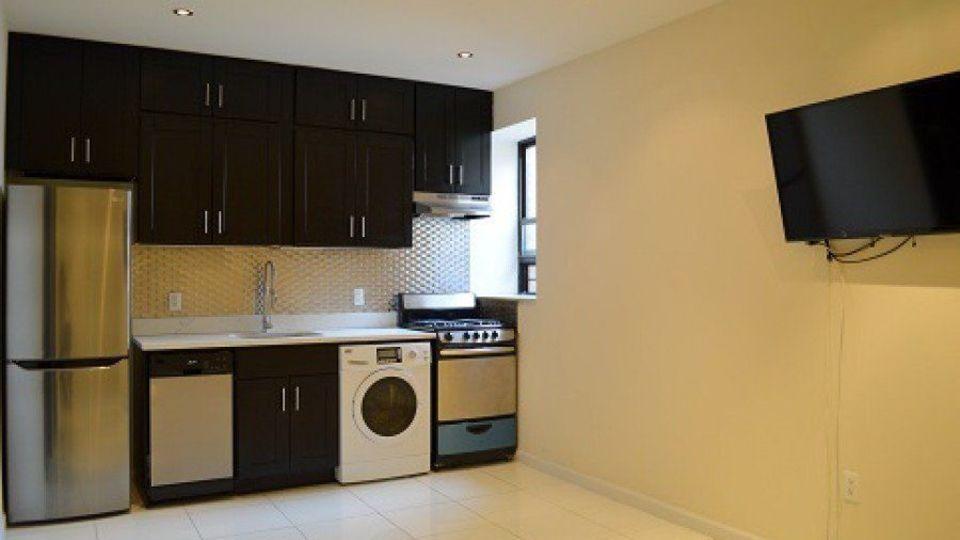 A $5,000.00, 4 bed / 2 bathroom apartment in Manhattan Valley