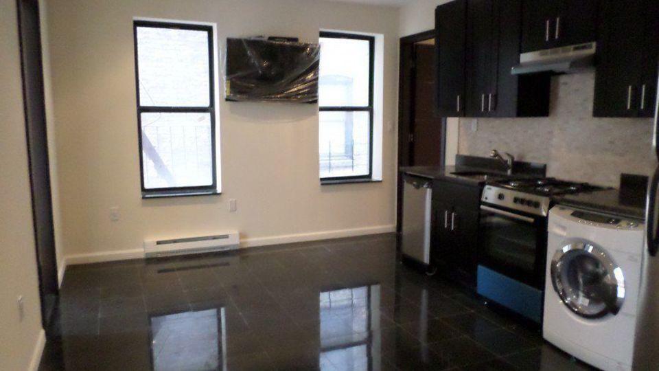 A $5,500.00, 4 bed / 2 bathroom apartment in Manhattan Valley