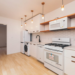 A $2,625.00, 3 bed / 1 bathroom apartment in Ridgewood