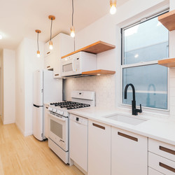 A $2,475.00, 3 bed / 1 bathroom apartment in Ridgewood