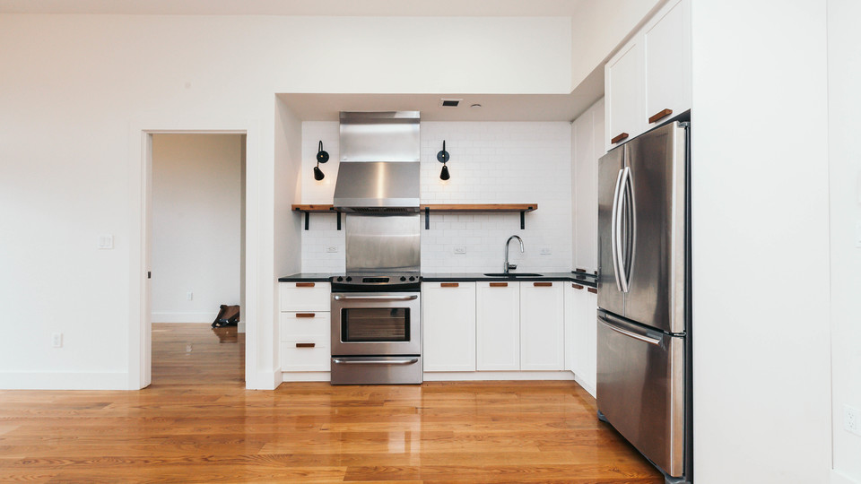 A $3,400.00, 3 bed / 1 bathroom apartment in Ridgewood
