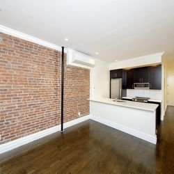 A $9,200.00, 5 bed / 2 bathroom apartment in East Village