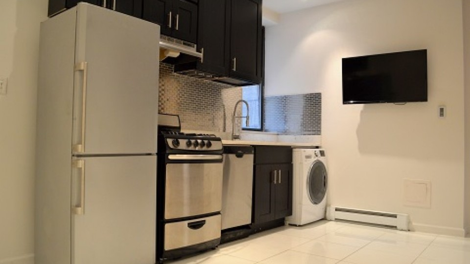A $4,000.00, 3 bed / 1 bathroom apartment in Upper West Side