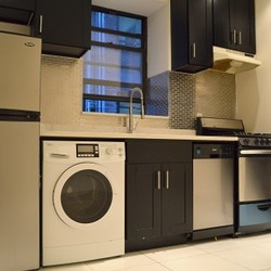 A $5,000.00, 4 bed / 2 bathroom apartment in Upper West Side
