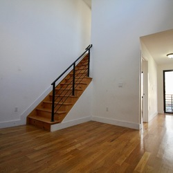 A $3,131.00, 3 bed / 1 bathroom apartment in Bed-Stuy