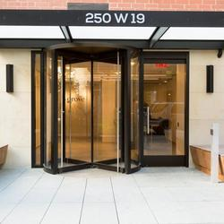 A $3,825.00, 1 bed / 1 bathroom apartment in Chelsea