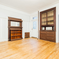 A $3,250.00, 3 bed / 1 bathroom apartment in Crown Heights