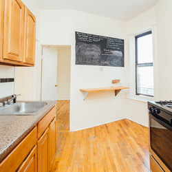 A $1,850.00, 2 bed / 1 bathroom apartment in East New York