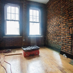 A $4,000.00, 5 bed / 2 bathroom apartment in Bushwick