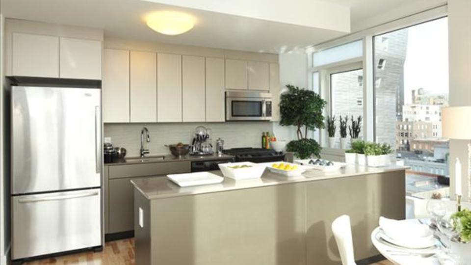 A $3,295.00, 0 bed / 1 bathroom apartment in Chelsea
