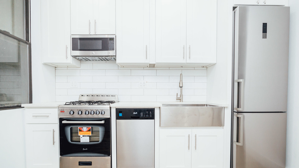 A $2,238.00, 2 bed / 2 bathroom apartment in Bushwick