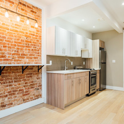 A $2,599.00, 3 bed / 1 bathroom apartment in Bed-Stuy