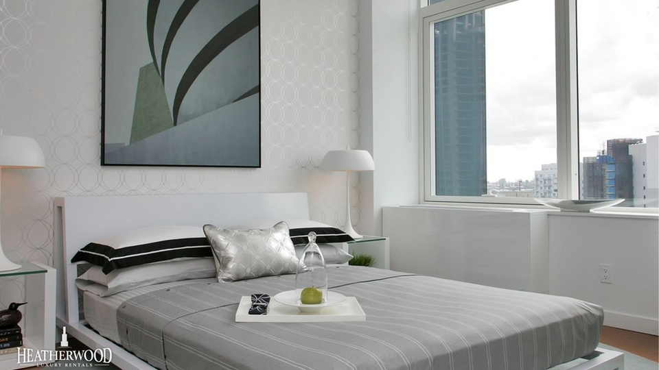 A $3,500.00, 1 bed / 1 bathroom apartment in Long Island City