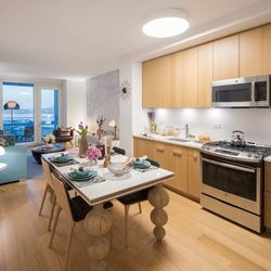 A $4,223.00, 1 bed / 1 bathroom apartment in Hell's Kitchen