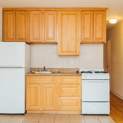 A $3,200.00, 3 bed / 1 bathroom apartment in Park Slope