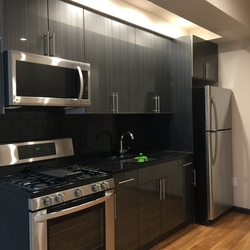 A $3,100.00, 3 bed / 1.5 bathroom apartment in Ridgewood