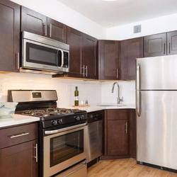A $2,611.00, 2 bed / 1 bathroom apartment in PLG: Prospect Lefferts Gardens