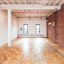 A $3,995.00, 0 bed / 1 bathroom apartment in Greenpoint