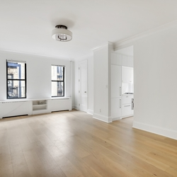 A $2,840.00, 0 bed / 1 bathroom apartment in Chelsea