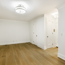 A $2,675.00, 0 bed / 1 bathroom apartment in Chelsea