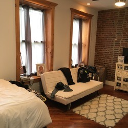 A $1,425.00, 0 bed / 1 bathroom apartment in Bed-Stuy