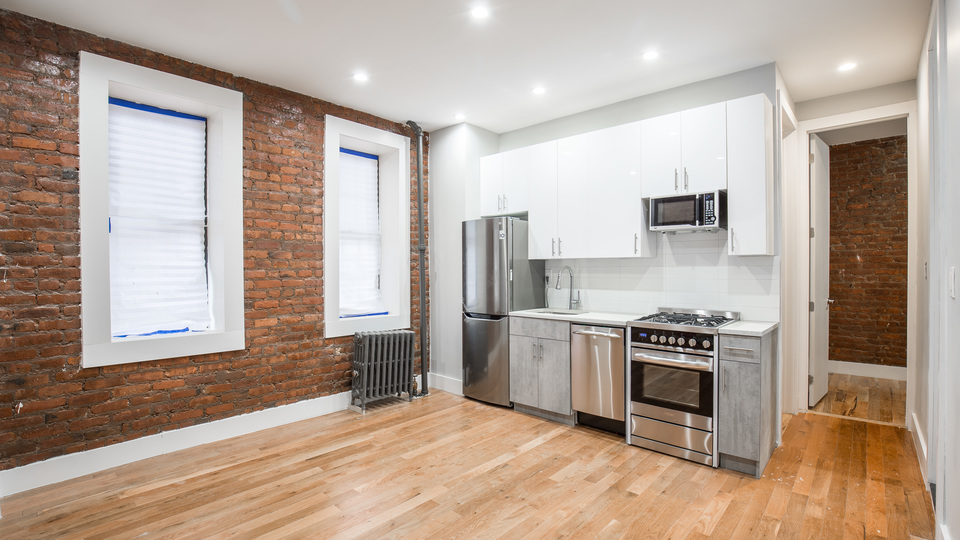 A $2,500.00, 1.5 bed / 1 bathroom apartment in Williamsburg