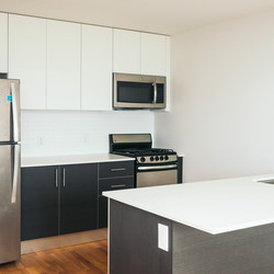 A $3,482.00, 2 bed / 1 bathroom apartment in Astoria